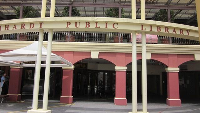 ライカートの図書館はイタリアンフォーラムにある
