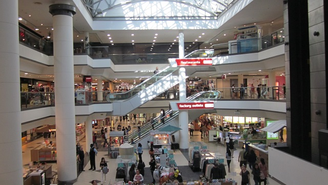 マーケットシティの中央広場