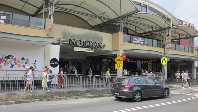 Norton Plaza