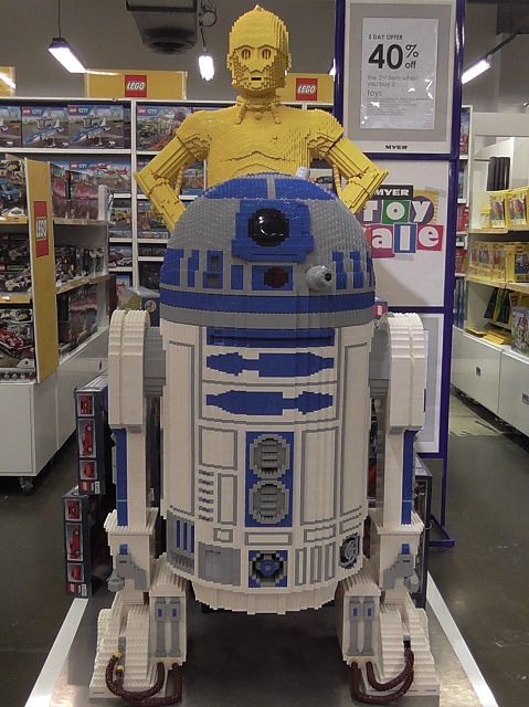 R2-D2 & C3-PO LEGO on desplay at MYER SYDNEY