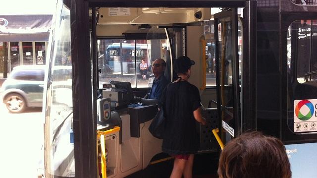 シドニーのバス