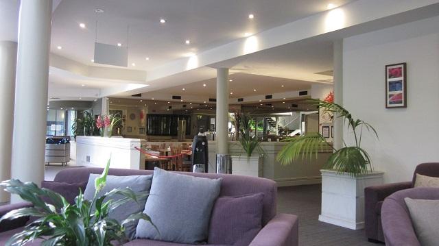 メルボルン キュー ホテル