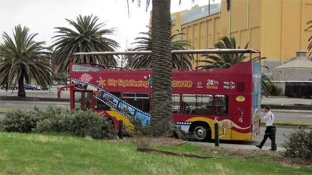 メルボルン 観光 バス 周遊