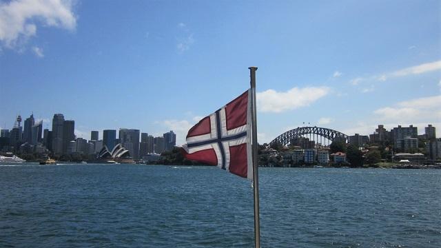 シドニーハーバー クルーズ 船 ランチ 景色